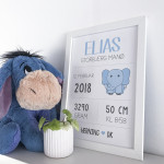 Navneplakat med lyseblå elefant